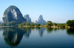 桂林三山一洞一公园全程漓江游