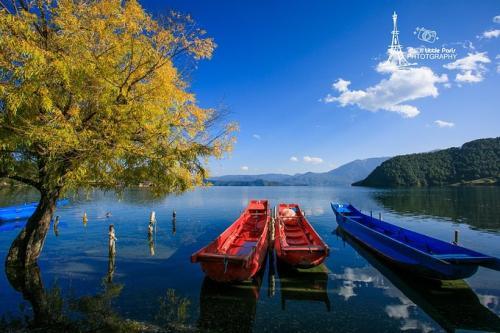 <b>昆明、大理、丽江、香格里拉、泸沽湖快巴8日旅游行程</b>
